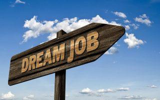 Poster une petite annonce sur internet pour décrocher facilement un emploi