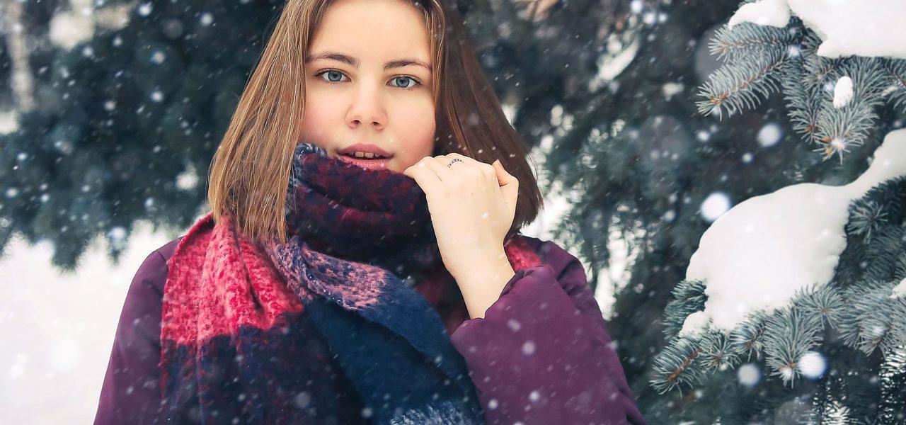 Quel style d'écharpes choisir pour les jeunes femmes?
