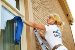Trucs et astuces pour nettoyer efficacement vos fenêtres