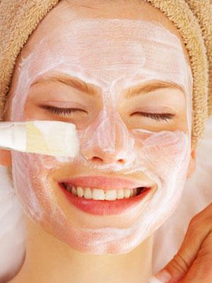 Comment réaliser son propre soin du visage ?