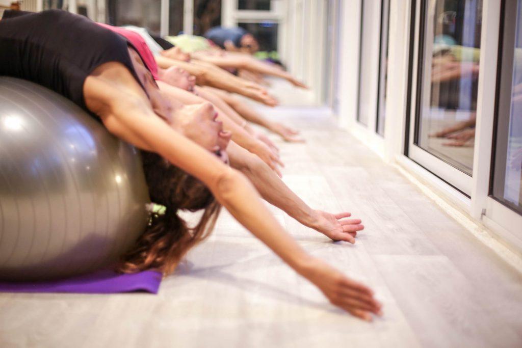 Est-ce que les exercices de Pilates sont adaptés pour vous ?