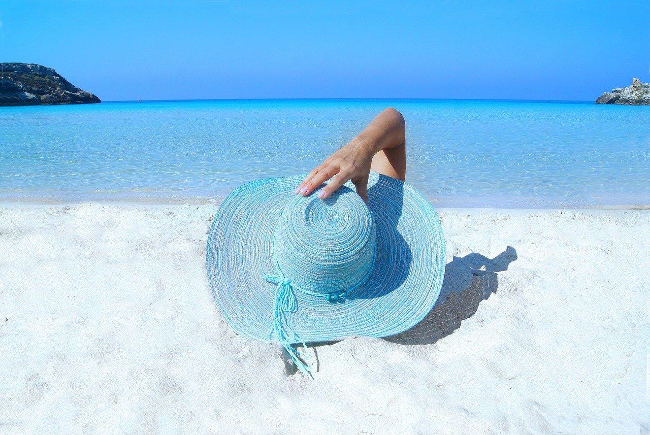 Quels sont les accessoires de plage indispensables?